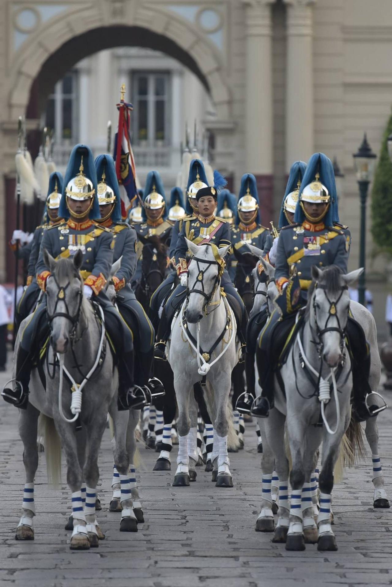 กองเกียรติยศทหารม้ารักษาพระองค์