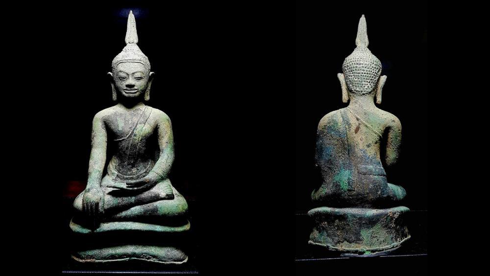 พระพุทธรูปบูชา พุทธศิลป์สมัยอู่ทอง หน้าแก่ หน้าตัก๕.๕ นิ้ว ของพรรค คูวิบูลย์ศิลป์.