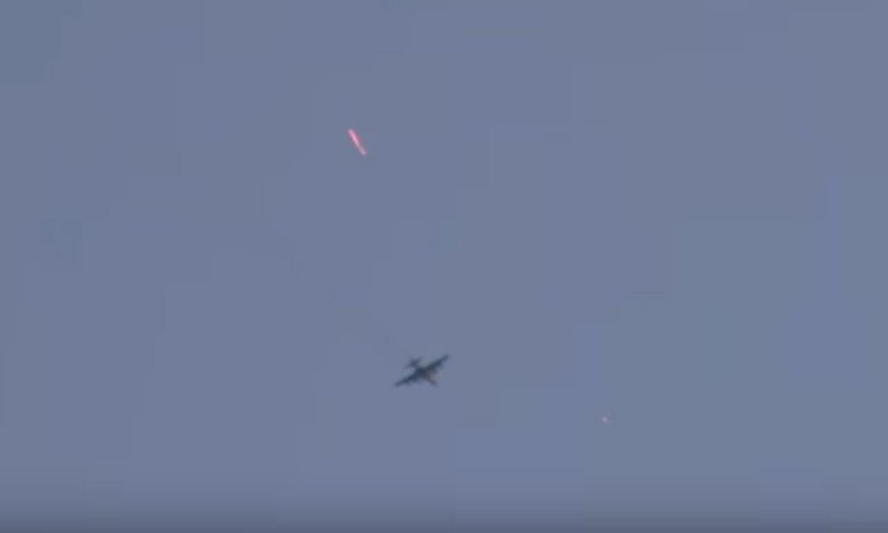 วินาทีเครื่องบินถูกยิงตก