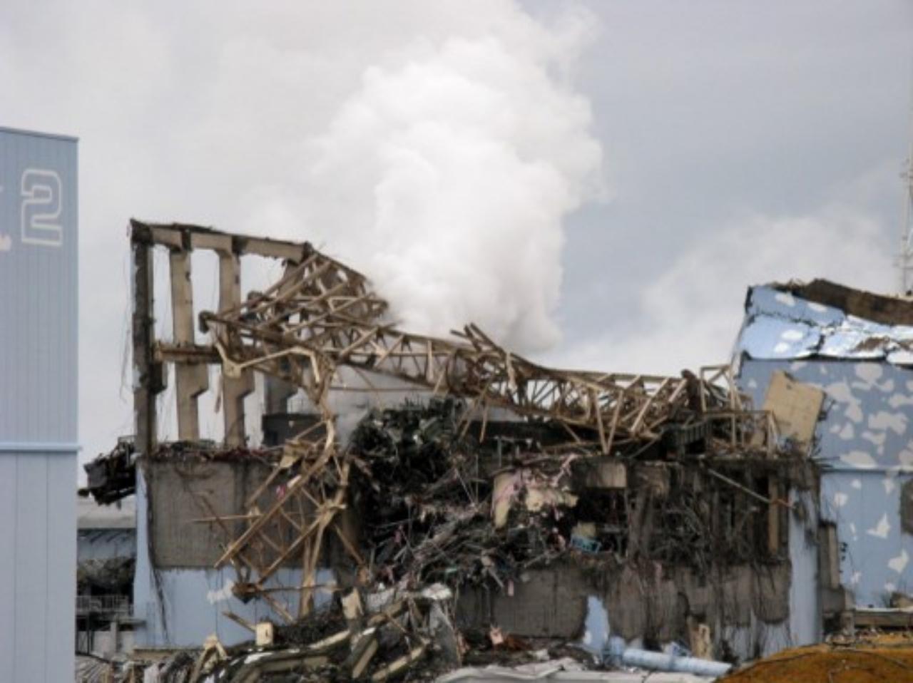 สภาพความเสียหายของโรงงานไฟฟ้าพลังนิวเคลียร์ที่จังหวัดฟูกูชิมะ หลังเกิดแผ่นดินไหวและสึนามิครั้งใหญ่ เมื่อมี.ค.54