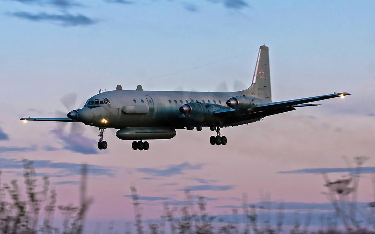 ภาพประกอบ: เครื่องบิน IL-20M ของกองทัพรัสเซีย