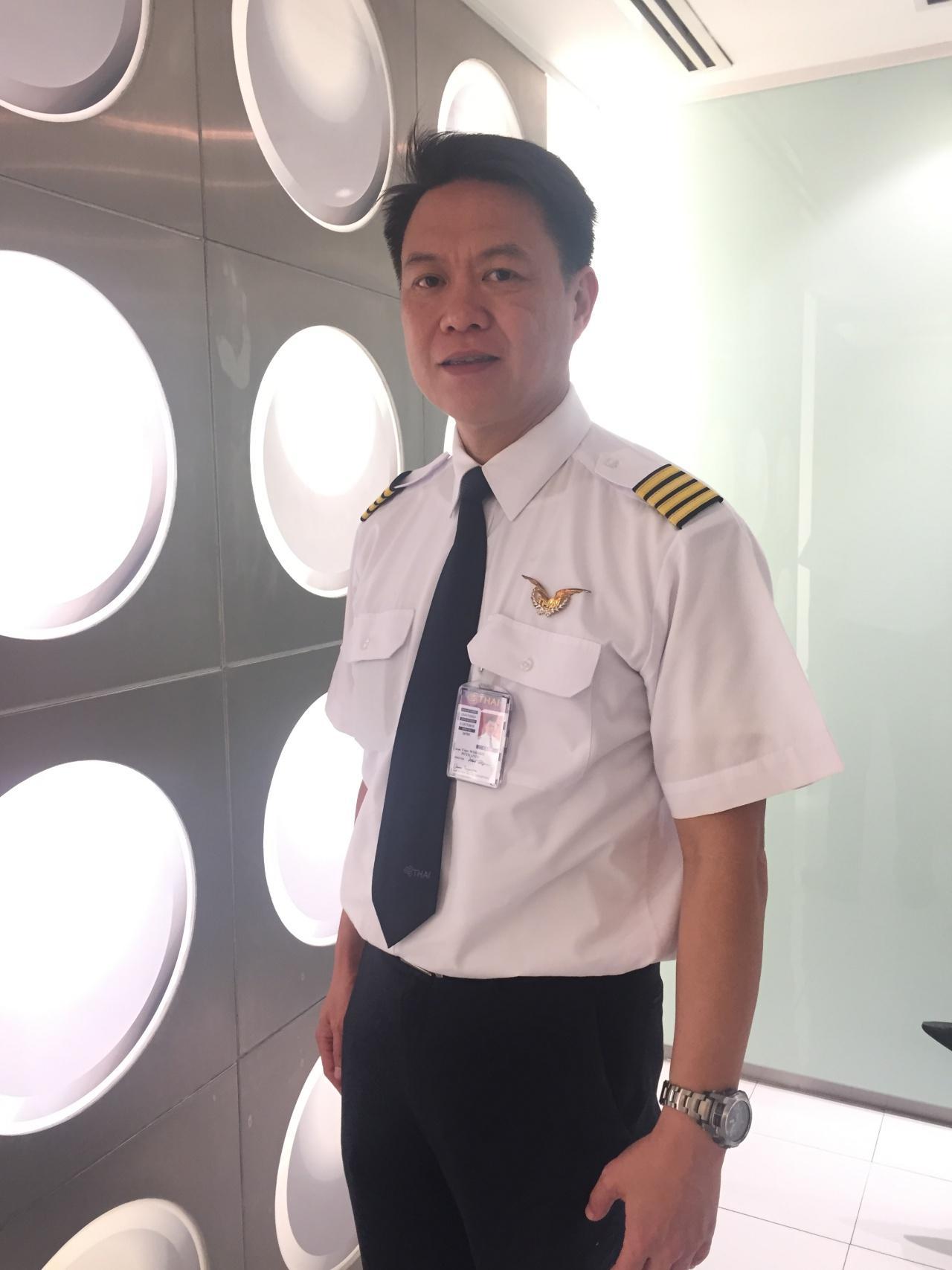 กัปตันวรกิจ ภูติยานันต์ หัวหน้านักบิน โบอิ้ง 737-400 การบินไทย