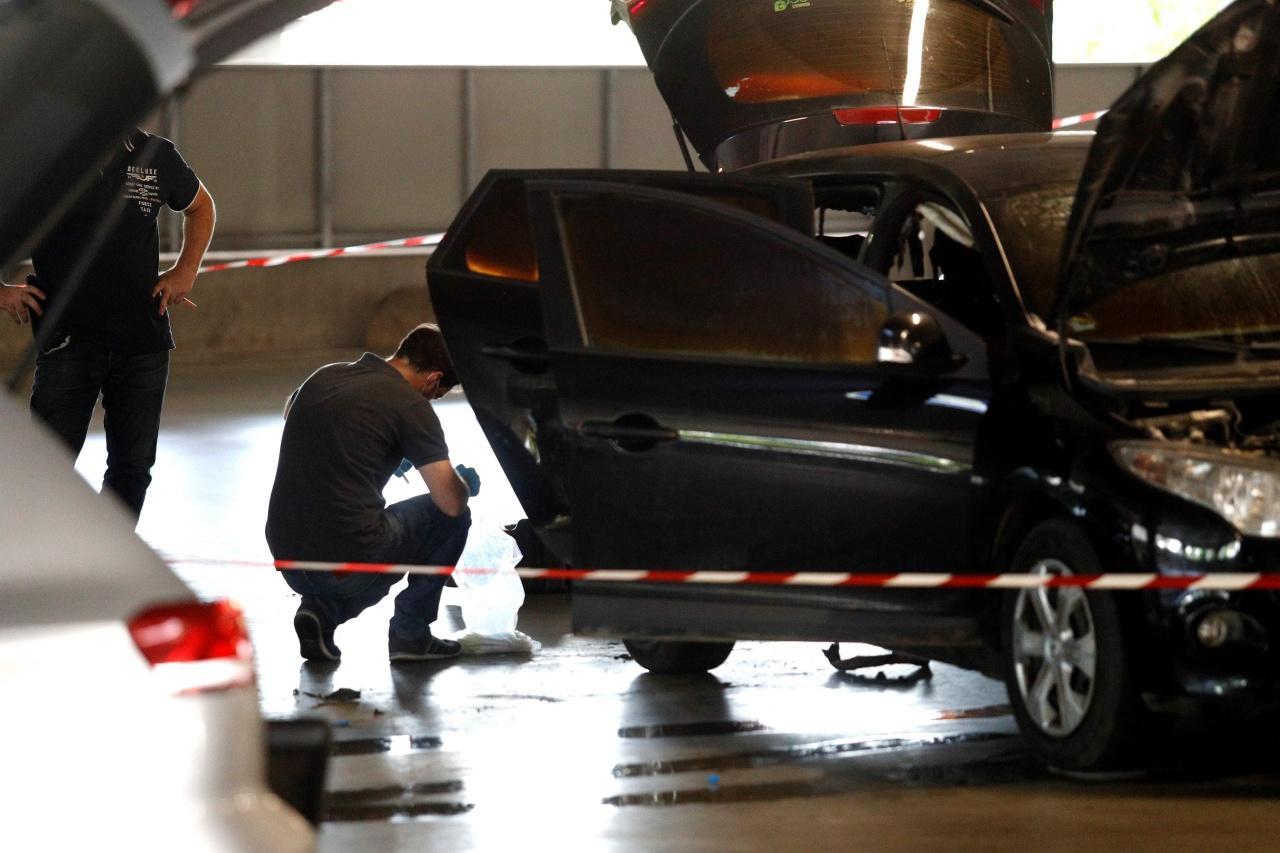 รถยนต์ที่นายฟาอิดใช้หลบหนี ถูกทิ้งไว้ที่ศูนย์การค้า