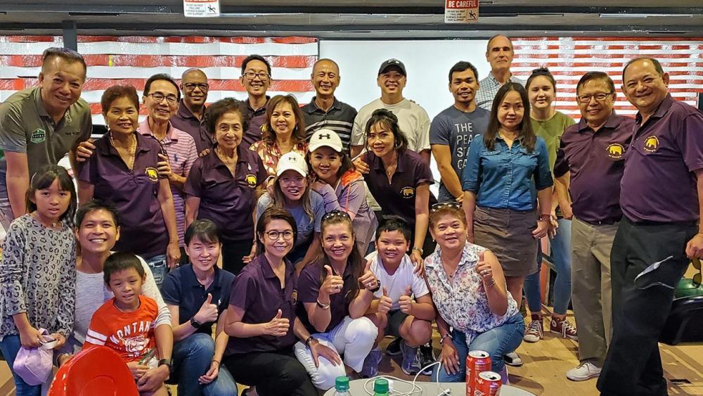 โบว์ลิ่งสามัคคี  -  สมาคมไทยแห่งรัฐจอร์เจีย จัดการแข่งขันโบว์ลิ่งกระชับสัมพันธ์ ผลการแข่งขัน ทีม Simon& Friends คว้าที่ 1 ส่วน ทีมไทยรัฐ แอตแลนตา นำโดย แซม-สมิทธิ์ ได้รางวัลที่ 2 ที่เมืองคูลูท แอตแลนตา.