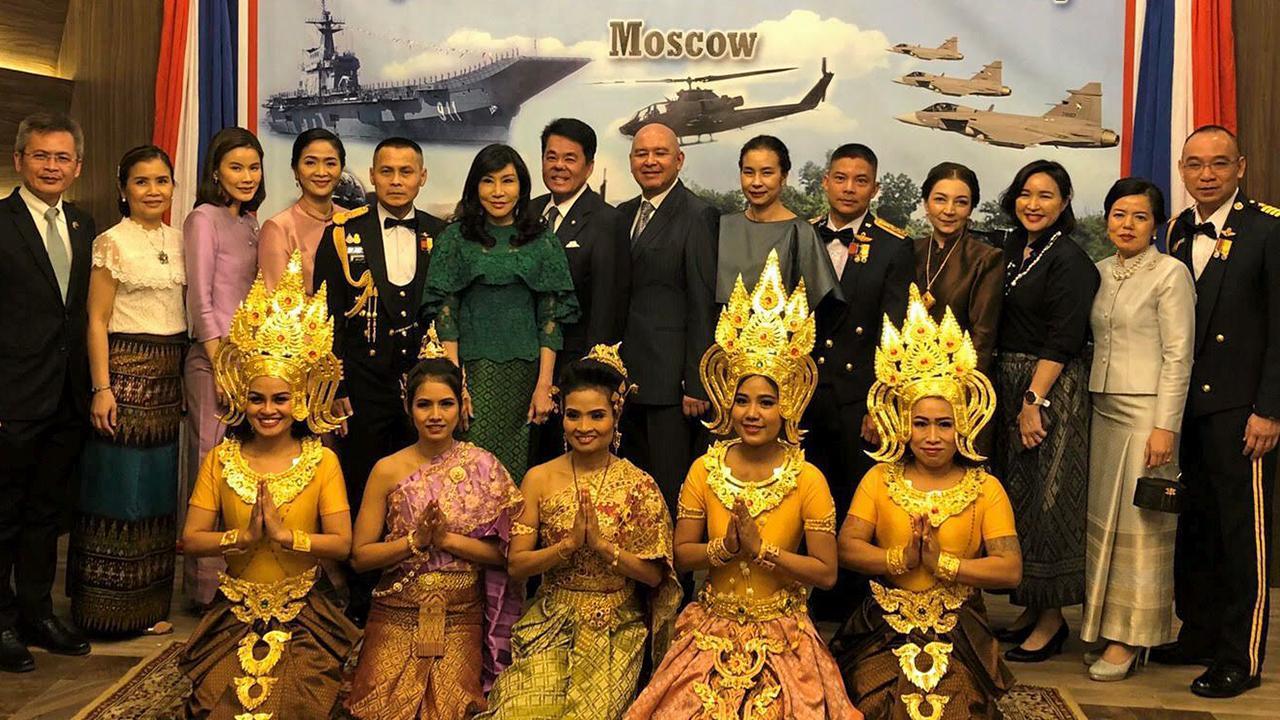 """วันกองทัพไทย  -  ธนาธิป อุปัติศฤงค์ ออท. ณ กรุงมอสโก รัสเซีย เป็นประธานในงานเลี้ยงรับรองในโอกาส """"วันกองทัพไทย"""" มี พ.อ.อภิชัย ทอง-ธรรมชาติ ผช.ทูต ทบ. รก.ผช.ทูตฝ่ายทหาร ร่วมจัดงาน ที่ สอท. ณ กรุงมอสโก."""