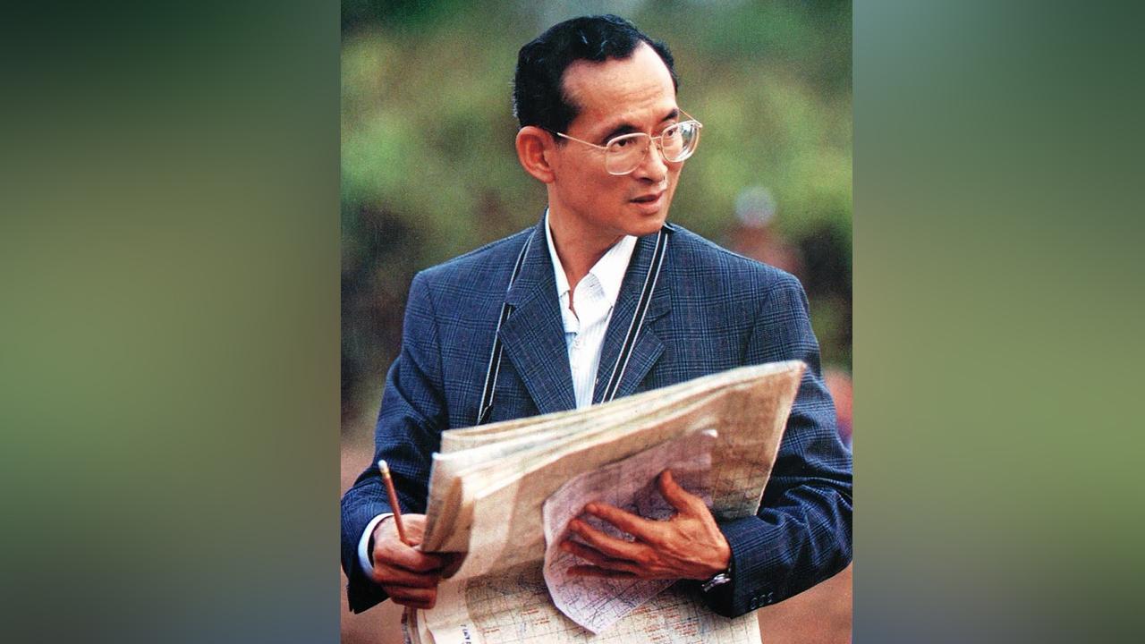 แสงสว่างกลางใจราษฎร์ แรงบันดาลใจให้คนไทยกล้าทำความดี