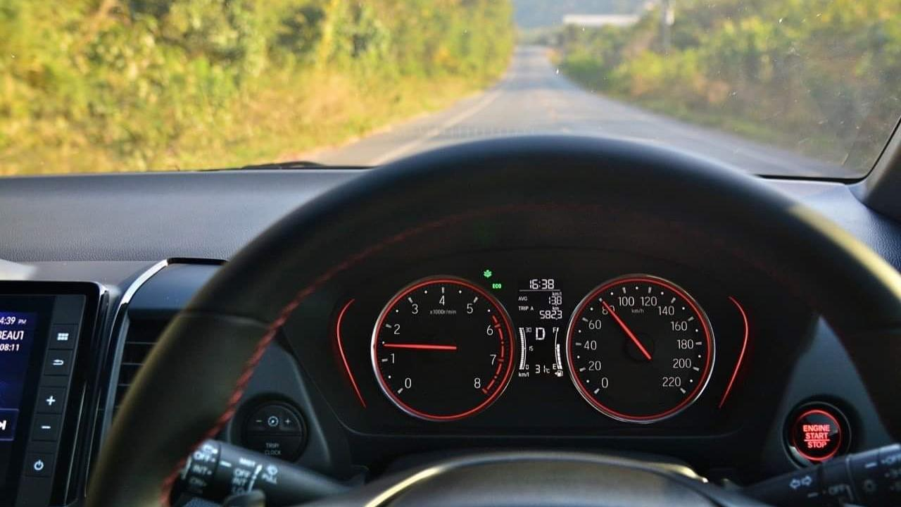 5 ปลอดภัย ขับรถยังไงไม่ให้เกิดอุบัติเหตุ