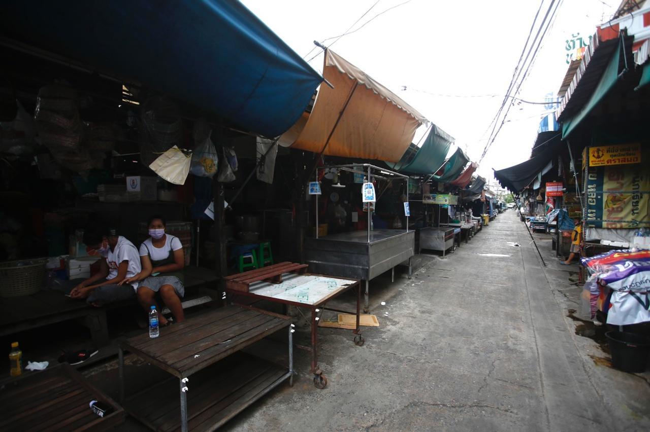 ตลาดสดเทศบาลนครนนทบุรีถูกสั่งปิด