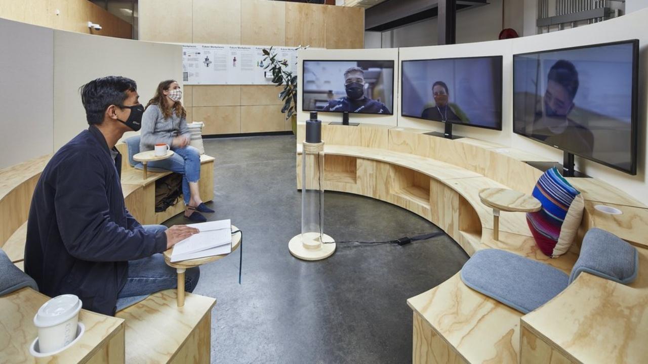 Google เชื่อโลกการทำงานยุคใหม่เป็นแบบไฮบริด เข้าออฟฟิศสลับทำงานจากที่บ้าน
