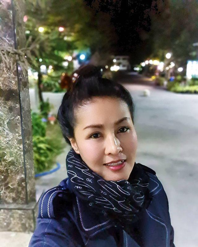 หญิงลี ศรีจุมพล ขอบคุณภาพจากไอจี @yinglee_lalla