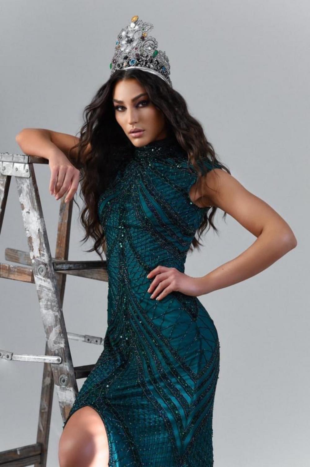 Lindsey Coffey Miss Earth 2020