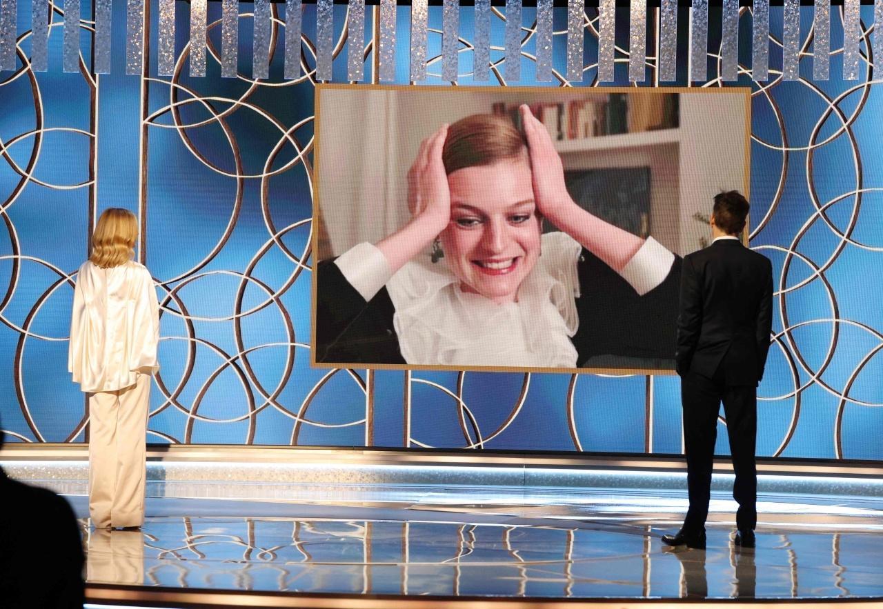 เอ็มมา คอร์ริน ดีใจสุดๆ หลังได้รับการประกาศชื่อเป็นผู้คว้ารางวัลลูกโลกทองคำ 2021 สาขานักแสดงนำหญิงยอดเยี่ยม ประเภทโทรทัศน์  จาก The Crown