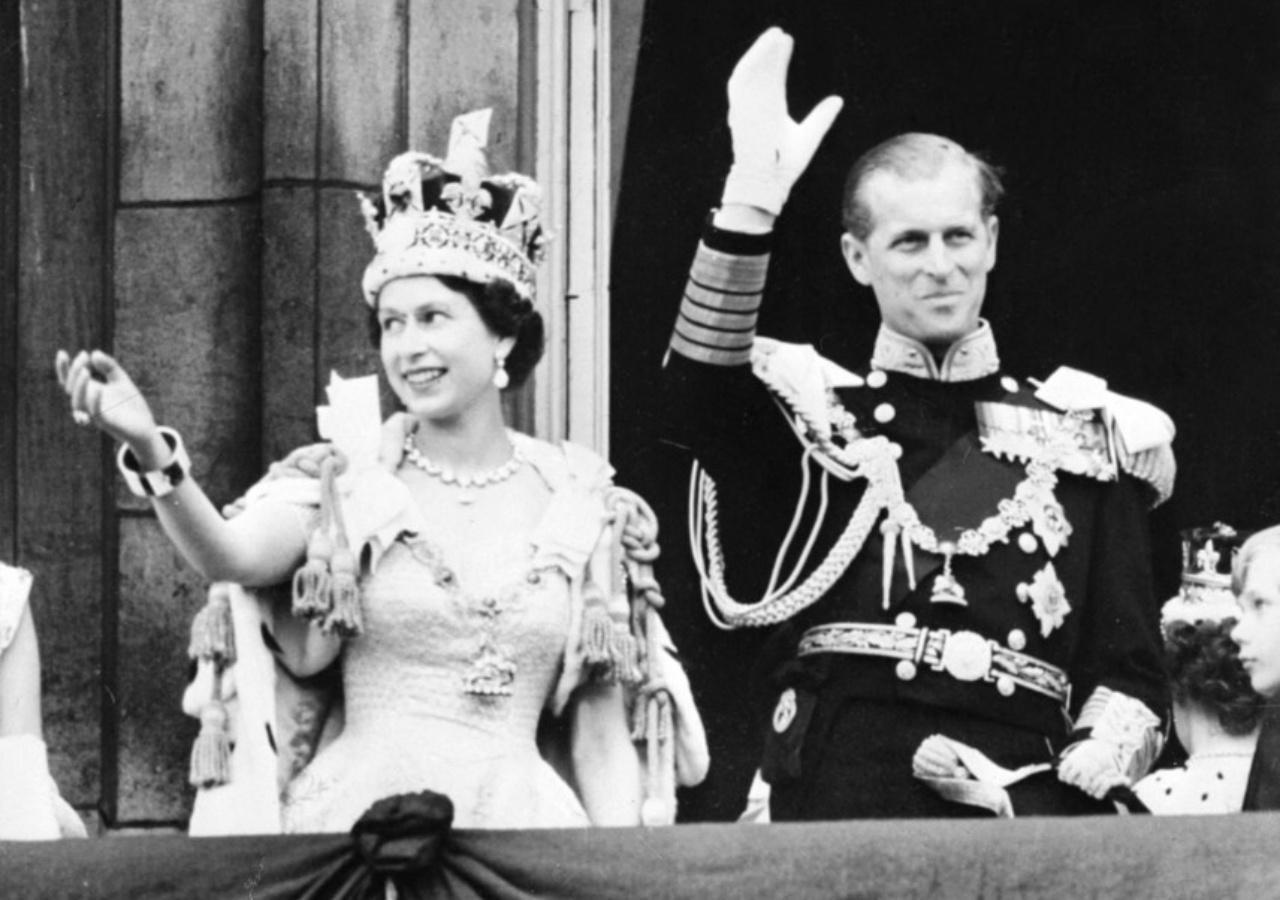 เจ้าหญิงเอลิซาเบธทรงเข้าพิธีอภิเษกสมรสกับเจ้าชายฟิลิป เมื่อ วันที่ 20 พฤศจิกายน 1947