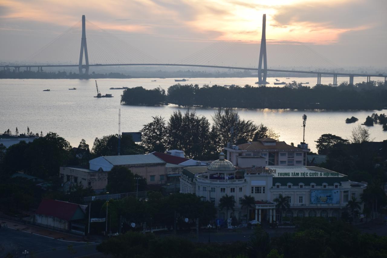 แม่น้ำโขงในปี 2016 ภาพจากเมืองเกิ่นเทอ ซึ่งอยู่บริเวณดินดอนสามเหลี่ยมปากแม่น้ำโขง