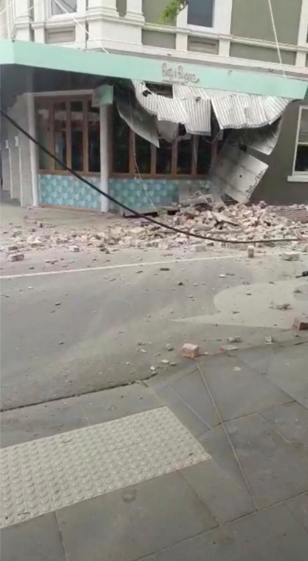 เกิดแผ่นดินไหวรุนแรงขนาด 5.9 เขย่าเมืองเมลเบิร์น ในประเทศออสเตรเลีย เมื่อเช้าวันที่ 22 ก.ย. 64 มีอาคารบ้านเรือนได้รับความเสียหาย