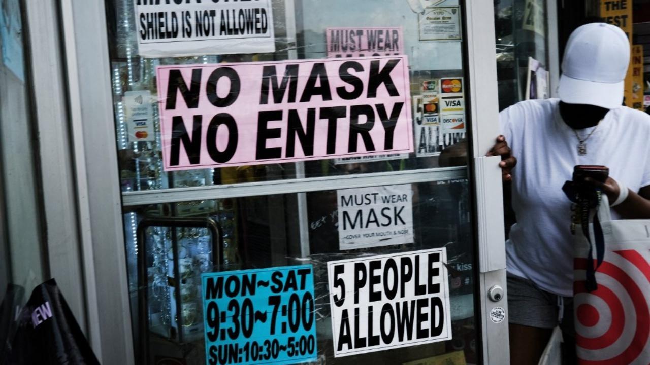 นิวยอร์กบังคับแสดงหลักฐานฉีดวัคซีนก่อนเข้าร้านอาหาร
