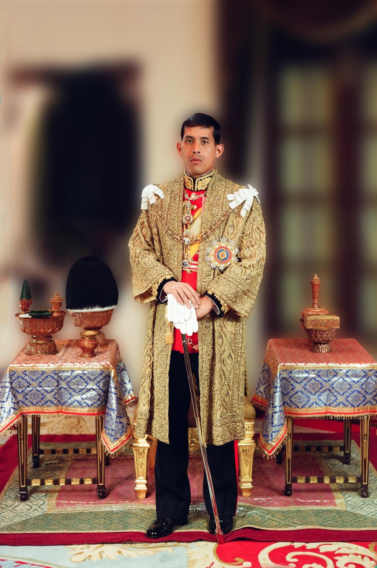 รัชกาลที่ 10 ทรงประกอบพระราชพิธีบรมราชาภิเษก  วันที่ 4 พ.ค. 2562
