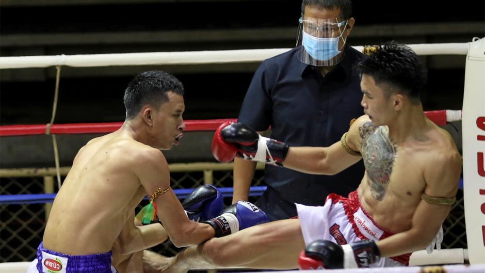 กัปปิตันแรงเชียร์ดีกว่าจะชนะฉมวกทอง ไฟต์เตอร์มวยไทย
