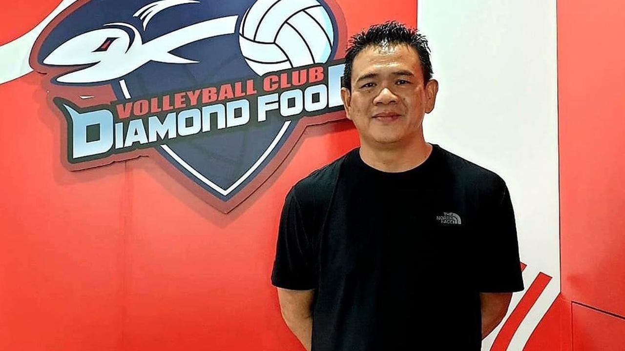 """""""ไดมอนด์ ฟู้ด"""" ตั้ง """"โค้ชด่วน"""" คุมทีมหญิงลุยลูกยางไทยแลนด์ลีก 2021"""
