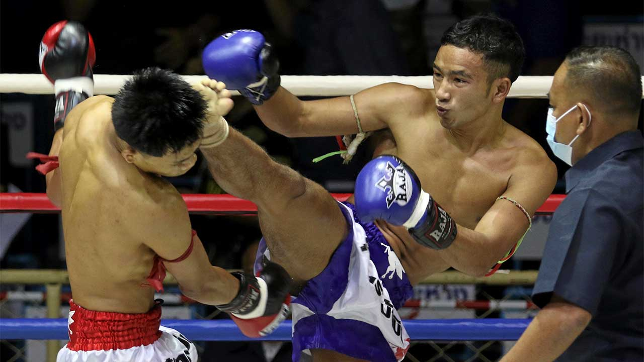 รุ่งนภา ปิ่นสินชัย แทงเข่าศอกแม่นยำรุนแรงกว่า จะชนะมาเทียส เซเว่นมวยไทย