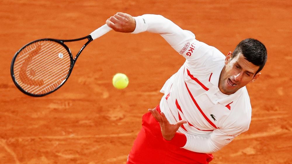 """""""ยอโควิช"""" ตบคู่แข่งกระจุย ฉลุยรอบ 16 คน เทนนิสเฟรนช์ โอเพ่น"""