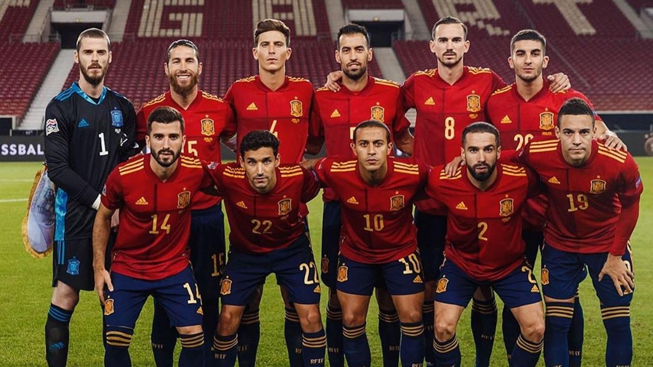 """ยังหนึบอยู่ """"เอ็นริเก"""" ป้อง """"เด เคอา"""" หลังคืนฟอร์มช่วยสเปนเจ๊าเยอรมนี"""