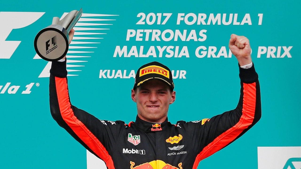 'เฟอร์สแตปเปน' ผงาดแชมป์ F1 'มาเลเซียน กรังด์ปรีซ์' ลูอิส ที่ 2