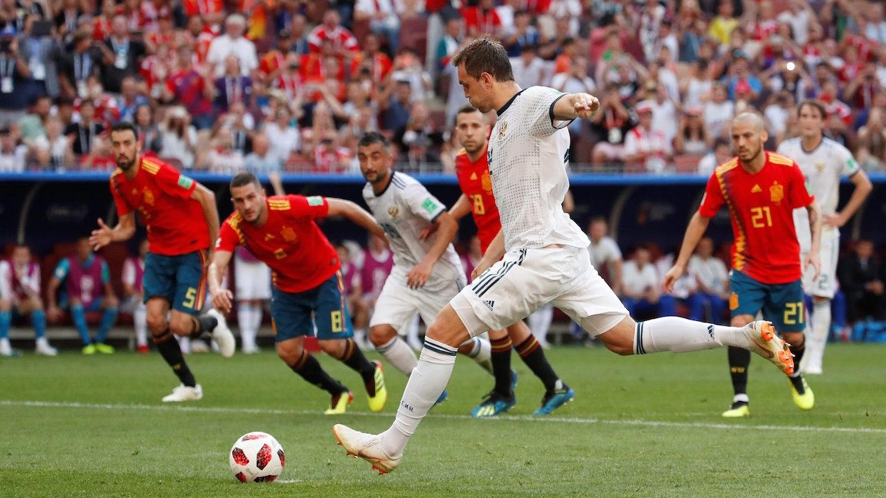 ลุ้นกันยาว ๆ! หมดครึ่งแรก 'รัสเซีย' เจ๊า 'สเปน' 1-1
