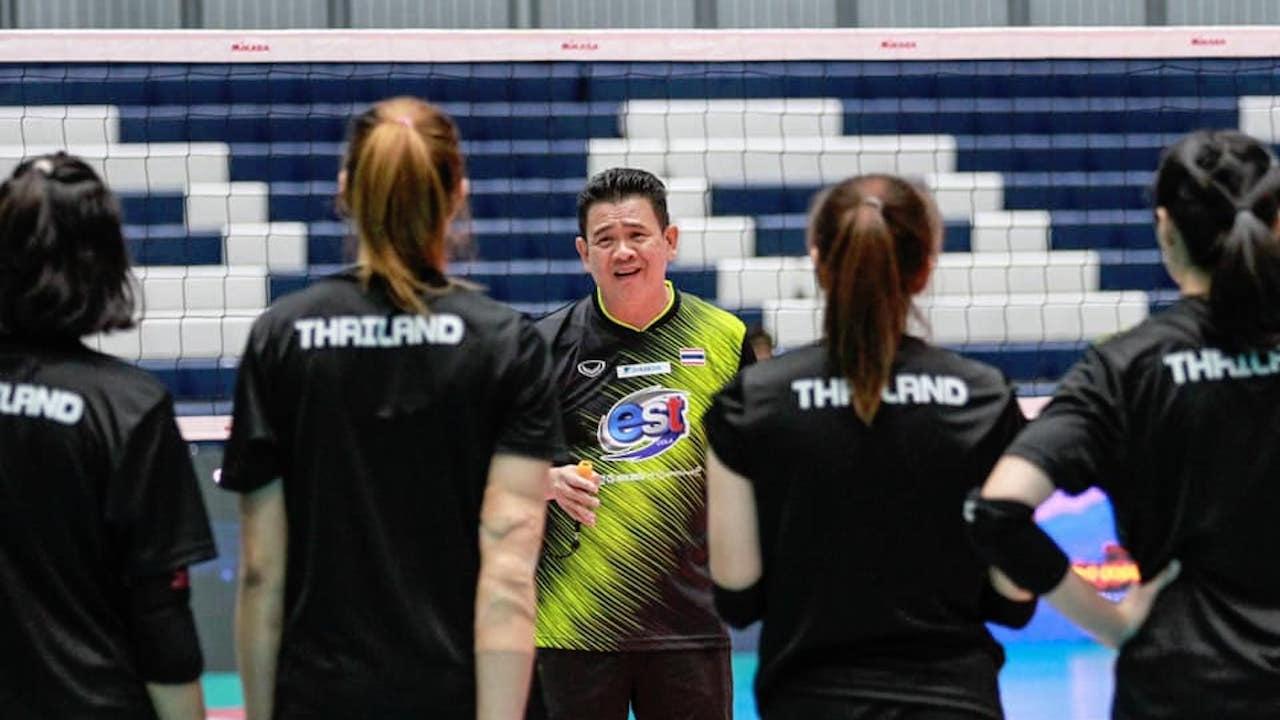"""""""โค้ชด่วน"""" นำทัพ 14 """"ตบสาวไทย"""" ลงซ้อมก่อนดวลเกาหลีใต้ ซูเปอร์แมตช์"""
