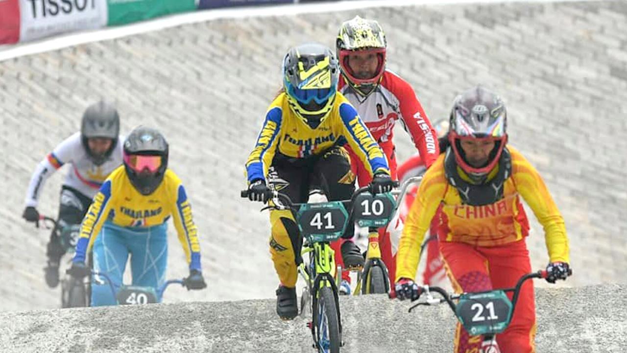 """ไร้ชื่อ """"อะแมนดา"""" ส.จักรยานแบโผนักปั่น BMX ล่าตั๋วโอลิมปิก"""