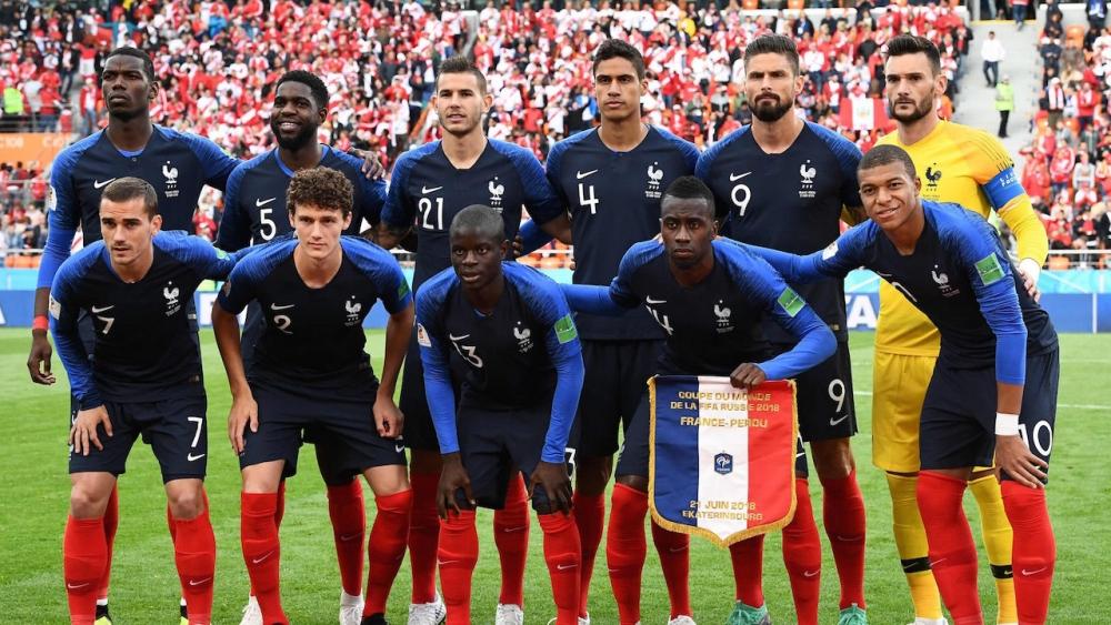 """แฟนรอกรี๊ด หลุดชุดแข่ง """"ทีมชาติฝรั่งเศส"""" เวอร์ชั่นยูโร 2020"""