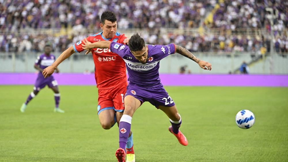 นาโปลี ฮอตต่อเนื่อง บุกแซงดับ ฟิออเรนตินา 2-1 รั้งจ่าฝูงกัลโช เซเรีย อา