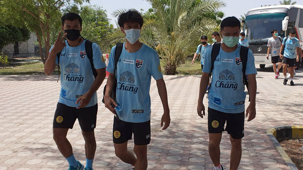 """""""ทีมชาติไทย"""" ตรวจโควิด-19 รอบแรกที่ยูเออีผ่านฉลุย ก่อนเพลย์ออฟฟุตซอลโลก"""