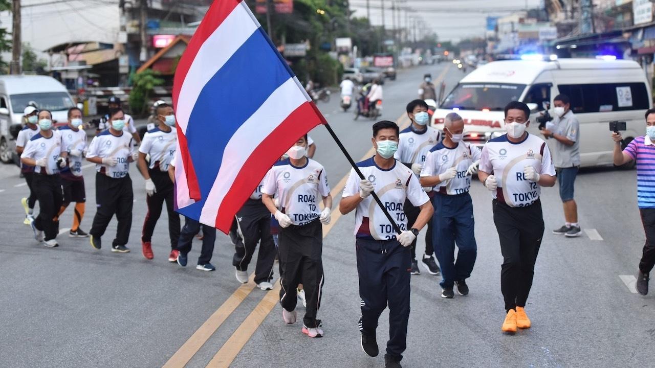พ่อเมืองพิษณุโลก นำทีมวิ่งส่งกำลังใจทัพนักกีฬาไทยไปโอลิมปิก วันที่ 43