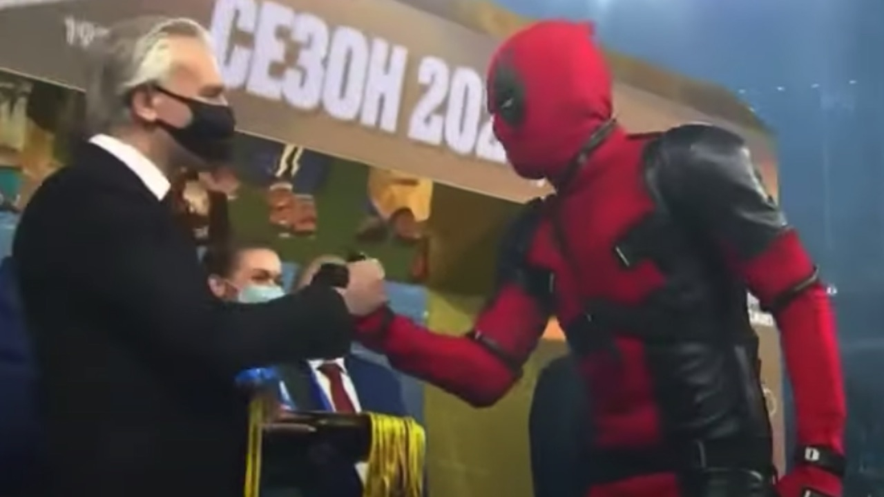 ดาวยิงเซนิตฯ จัดเต็ม สวมชุดเดดพูลรับเหรียญแชมป์ลีกรัสเซีย (คลิป)