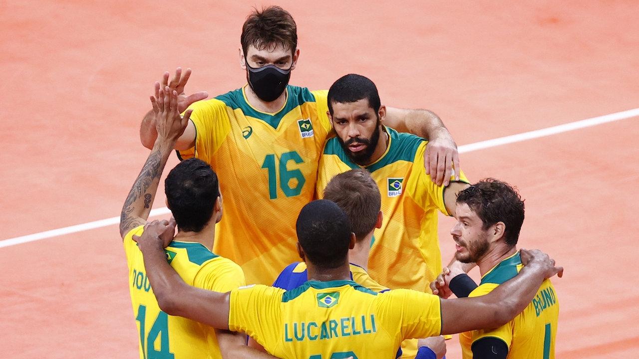 ไขข้อสงสัย เหตุใด 3 นักวอลเลย์บอลบราซิล ต้องใส่แมสก์ลงเล่นโอลิมปิก 2020