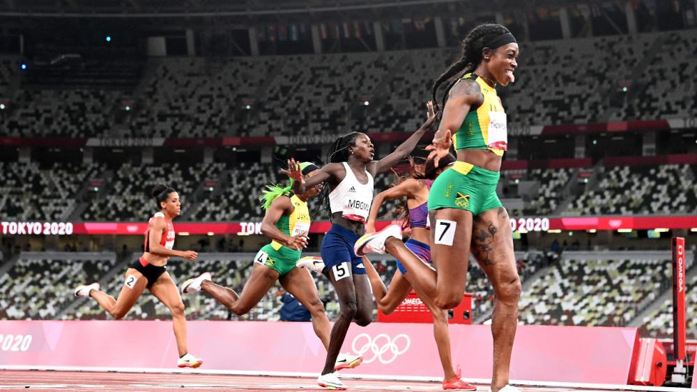 """ซิวทองที่ 2 """"ธอมป์สัน-เฮราห์"""" คว้าชัยวิ่ง 200 ม. หญิง โอลิมปิก 2020"""