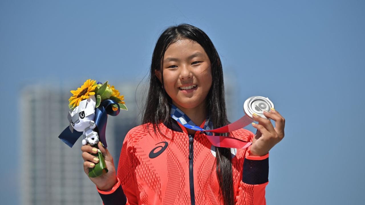 """""""ฮิรากิ"""" เด็ก 12 ปีสร้างประวัติศาสตร์อายุน้อยสุดคว้าเหรียญโอลิมปิกของญี่ปุ่น"""