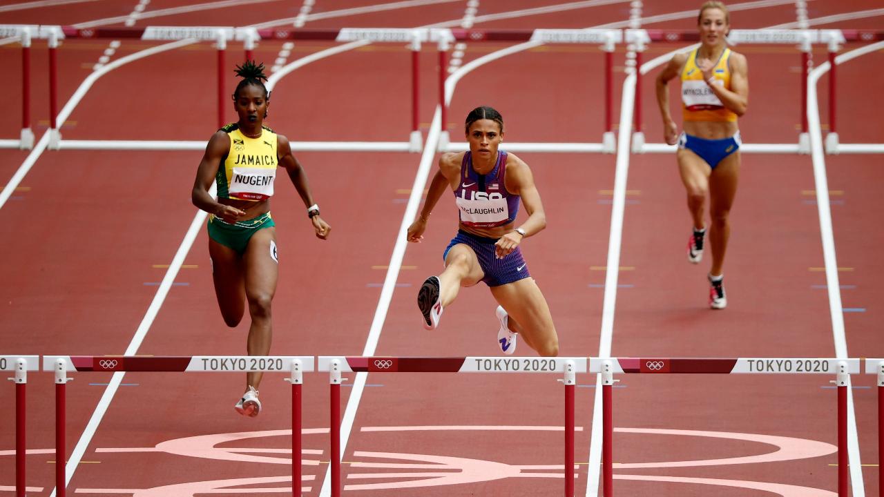 2 นักวิ่งเจ้าของสถิติวิ่งข้ามรั้ว 400 เมตร ทุบสถิติโลกของตัวเอง ซิวเหรียญทอง โอลิมปิก