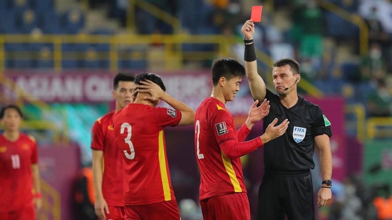 แฟนบอลเวียดนาม บุกถล่มเพจผู้ตัดสินหลังแพ้ซาอุฯ ล่าสุดโดนสวนกลับแล้ว