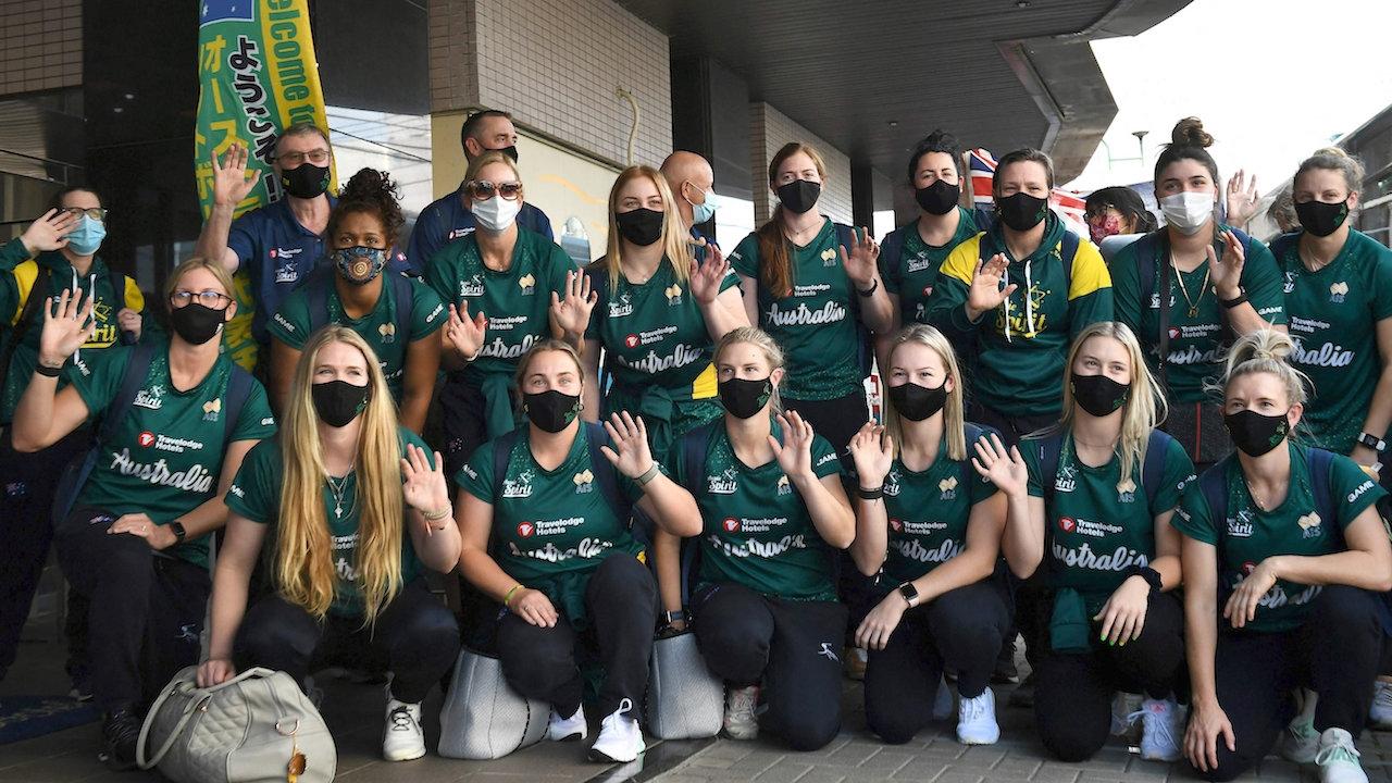 """ทีมซอฟต์บอลสาวออสซี่เดินทางถึงญี่ปุ่น พร้อมลุยศึก """"โตเกียวเกมส์"""""""