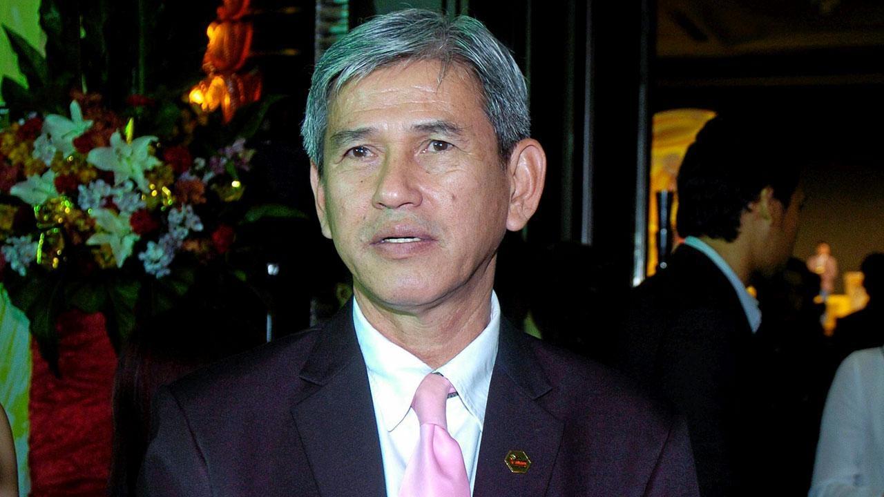 """""""โค้ชหรั่ง"""" วิเคราะห์ไทยหลังร่วงคัดบอลโลก ชี้เหตุยังไม่ก้าวผ่านอาเซียน"""