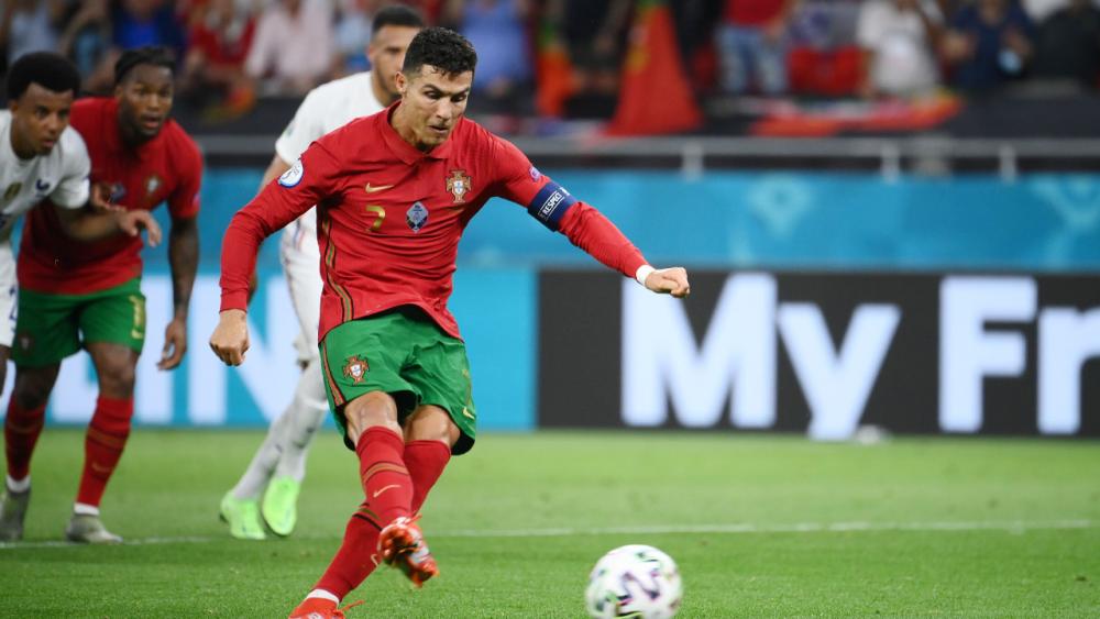 """""""โรนัลโด"""" ยิงมากสุดในเกมทีมชาติทาบ """"ดาอี"""" พ่วง 2 สถิติ พาโปรตุเกสลิ่วยูโร 2020"""